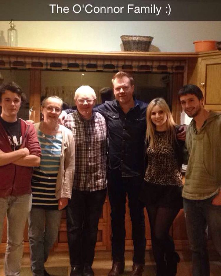 Fab gig last night in the home of the oh so lovely O'Connor Family #sittingroom #sessions #family