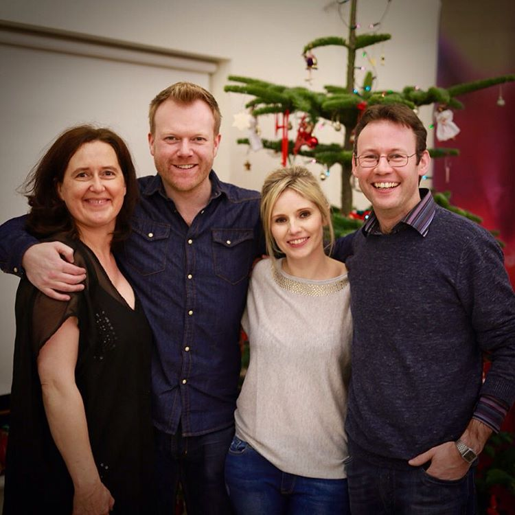 Such an amazing night tonight with Cornelia, Glen & their wonderful family & friends for our final house concert of 2015