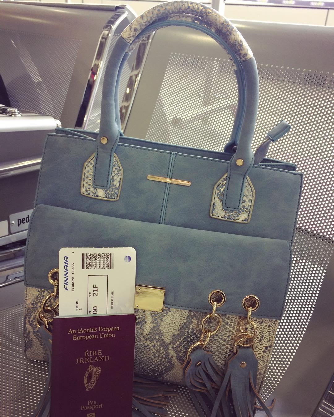 Finland bound ???? whoop @michellejohnston04 #finland #flying #airport #dublin #stpatricksday #week #weekend #thursday #followforfollow #follow4follow #follow4likes #like4likes #likeforfollow #shoutout #shoutoutforshoutout #shoutout4shoutout #commentforcomment #comment4comment #commentforlike #comment4like #excited #ireland #instagram #instagood #sallyyoung #bag