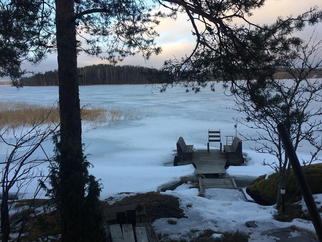 Frozen.....#nofilter #ice #lake #frozen #snow #finland #tour #musician #luanparle #clivebarnes #singer #songwriter #followforfollow #follow4follow #follow4likes #like4likes #like for follow #shoutout #shoutoutforshoutout #shoutout4shoutout #girlsinmusic #female #independent #independentartist #commentforcomment #comment4comment #commentforlike #happy
