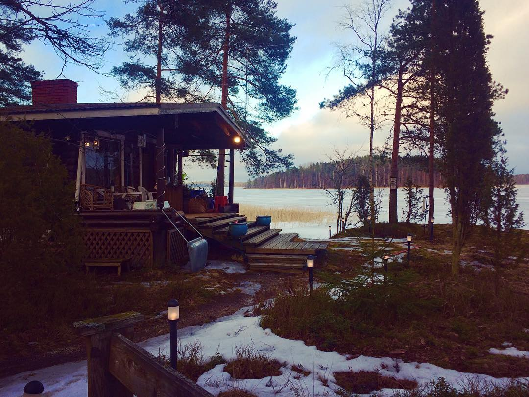 So pretty ? #ice #lake #frozen #snow #finland #tour #musician #luanparle #clivebarnes #singer #songwriter #followforfollow #follow4follow #follow4likes #like4likes #like for follow #shoutout #shoutoutforshoutout #shoutout4shoutout #girlsinmusic #female #independent #independentartist #commentforcomment #comment4comment #commentforlike #happy