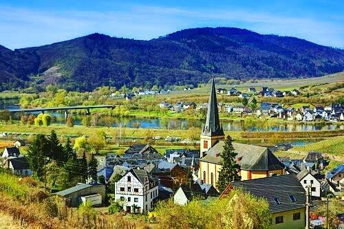 Today we head for Weinmuseum Schlagkamp a winery in Seinheimhellip