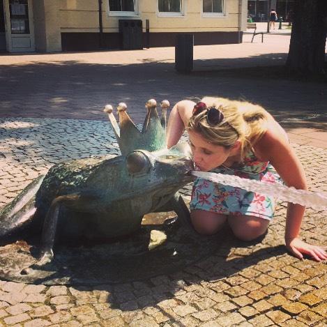 A girls gotta kiss some frog
