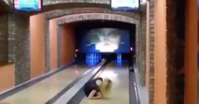 LUAN PARLE - bowling